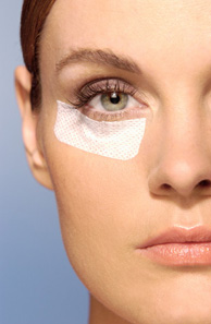Eyelid Surgery - Blepharoplasty Costs, Risks & Recovery
